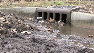 how-to-clean-you…-drains-from-mud/